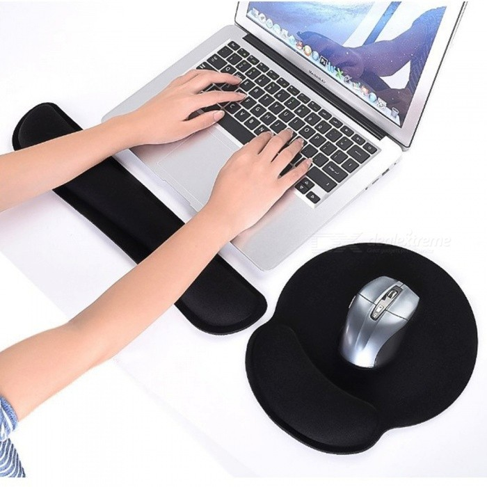 Rebound Memory Cotton Keyboard Bracers with Mouse Pad Pillow KitOther Accessories<br>Form  ColorBlackQuantity1 setMaterialMemory cotton + rubber padCompatible BrandAPPLE,Dell,HP,Toshiba,Acer,Lenovo,Samsung,MSI,Sony,IBM,Asus,Thinkpad,Huawei,GoogleOther FeaturesONPacking List1 x Keyboard hand care1 x Mouse pad care<br>