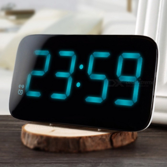 Digital LED Alarm Clock with Voice Control, LED Display - Blackdesk clock<br>Form  ColorBlack + White + Multi-ColoredMaterialABSQuantity1 DX.PCM.Model.AttributeModel.UnitScreen TypeOLEDBattery included or notNoPower SupplyOthers,USBPacking List1 x Alarm Clock<br>
