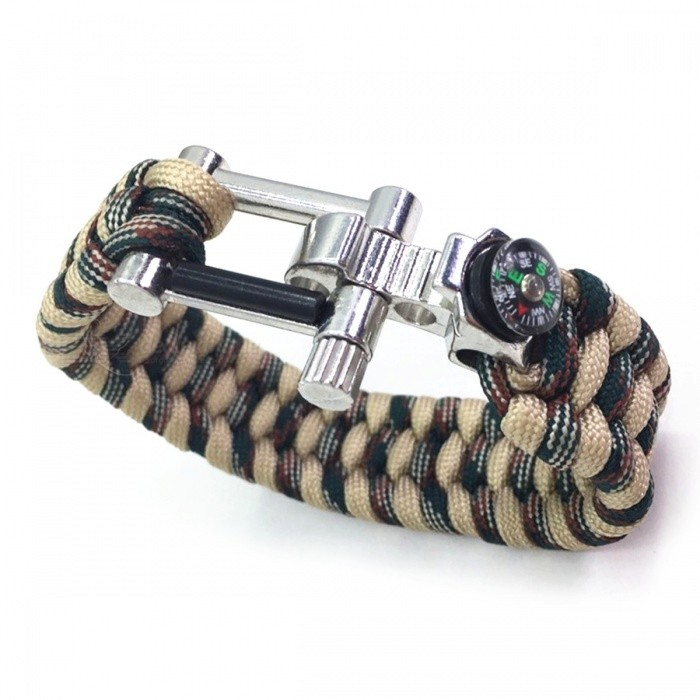 Multifunctional U Shaped Alloy Buckle Umbrella Rope Bracelet (2 PCS)Fire Starting Gear<br>Form  ColorTwo Color CamouflageQuantity2 pieceMaterialSeven core umbrella rope + alloyBest UseBackpacking,Camping,Mountaineering,TravelPacking List2 x Umbrella rope bracelets<br>