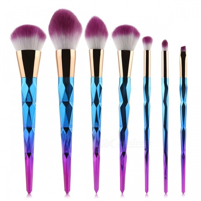 MAANGE 10Pcs Makeup Brushes Set - Diamond Rainbow HandleMake-up Brushes<br>Form  ColorWhite + Golden + Multi-ColoredModel1512MaterialNylonQuantity1 DX.PCM.Model.AttributeModel.UnitShade Of ColorWhiteHandle materialPlasticBrush head materialNylonPacking List10 x Brushes<br>