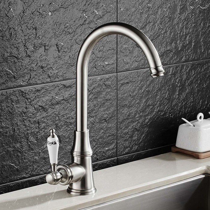 Contemporary Brass Brushed 360 Degree Rotatable Ceramic Valve Single Handle One-Hole Kitchen FaucetKitchen Faucets<br>ColorBrushedSizeNorth AmericaModelF-9098NMaterialBrassQuantity1 setFinishBrushedValve TypeCeramic ValveNumber of handlesSingleSpout Height23 cmSpout Length19.5 cmTotal Height32 cmPacking List1 x Faucet2 x Stainless steel tubes (60cm)<br>
