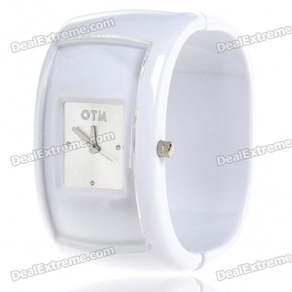 Stylish Plastic Bracelet Band Wrist Watch - White (1*377) stylish bracelet band quartz wrist watch golden silver 1 x 377