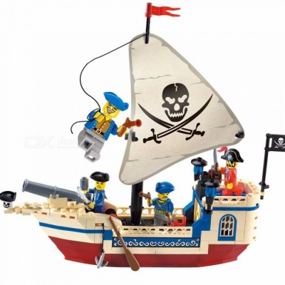 Enlighten 304 Pirate Movie Series Ship Building Blocks Compatible With Lego MOC Bricks Bounty Pirate Ship Assembled Toys Multicolor