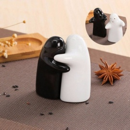 2Pcs Love Hug Salt Shakers Set, Seasoning Condiment Jar, Ceramic Pepper Kitchen Spice Bottle Cooking Tool Multi