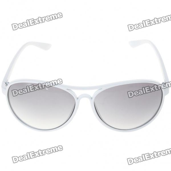UV400 UV Protection Resin Lens Sunglasses with Carrying Case fashion uv400 uv protection resin lens sunglasses with pouch