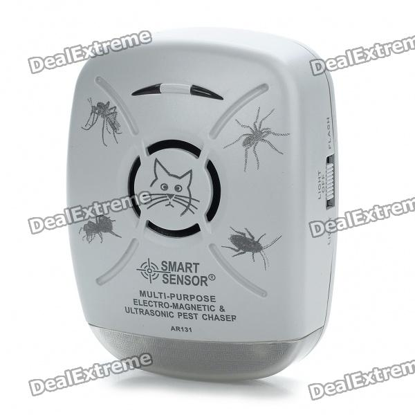Multi-Purpose Electro-Magnetic Ultrasonic Pest Bug Repeller with Flash Light - Gray (220V) mini ultrasonic rat cockroach mosquito repeller black 2 flat pin plug 180 250v 90 110v