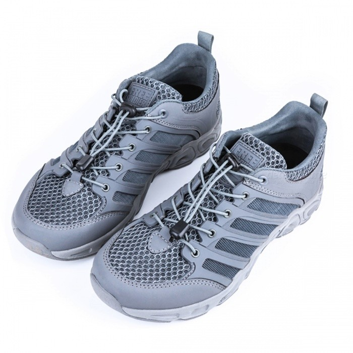 Outdoor Sports Camping Shoes for Men - Grey (#42)Hiking Shoes<br>Form  ColorGreySize42ModelN/AQuantity1 setMaterialLining Material: Lycra; Insole Material: EVA; Sole: with anti-slip treadShade Of ColorGrayGenderMensLiningLycraOutsolewith anti-slip treadPacking List1 Pair x Shoes<br>