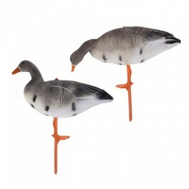 MagiDeal 2 Pieces Portable Lifelike Full Body Goose Hunting Decoys, Lawn Yard Decors Hunter Greenhand Gear   As picture show