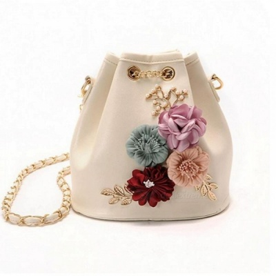 Handmade Flowers Bucket Bags Mini Shoulder Bags with Chain Drawstring Small Cross Body Bags Pearl Bags Leaves Decals 18CM19CM12CM/Beige