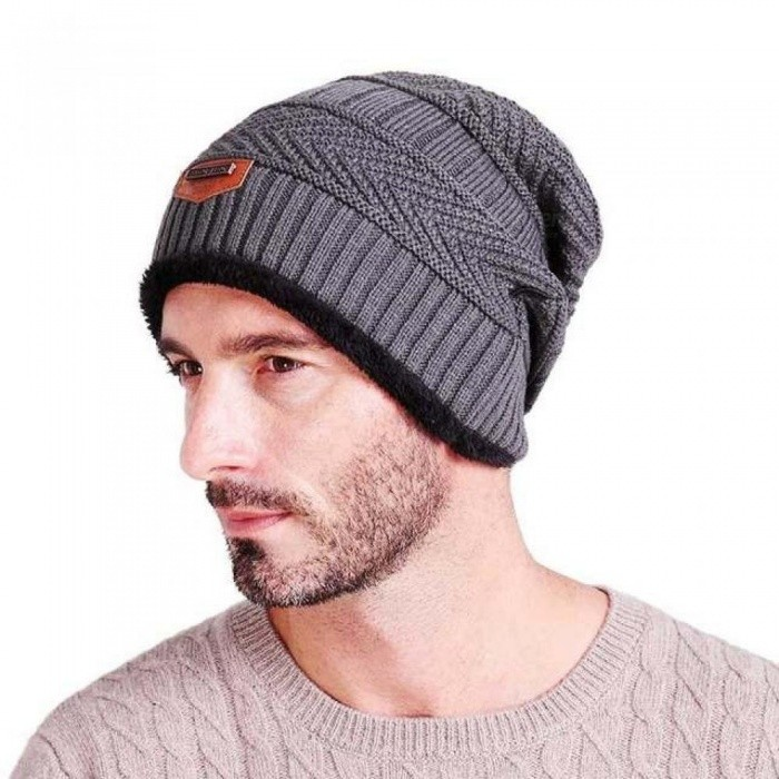 c664a376526 Men s Winter Hat Fashion Knitted Black Hats Fall Hat Thick and Warm and  Bonnet Skullies Beanie