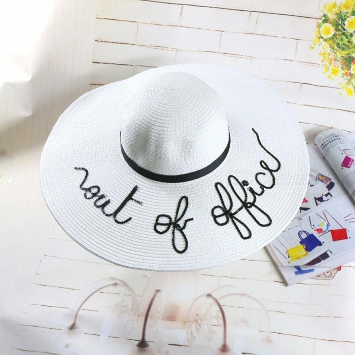Women Straw Summer Large Brim Letter Sun Hat Floppy Ribbon Fashion Beach Hat With White Color Round Shape