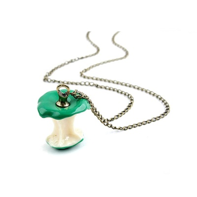 Apple Core Style Sweater Chain Women's Necklace - Green + Golden