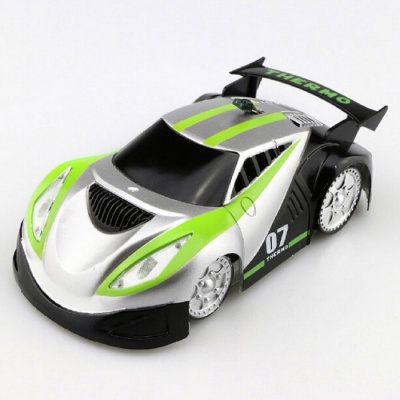 JJRC Q2 Rechargeable 4-CH RC Wall Climbing Climber Car Toy - Green