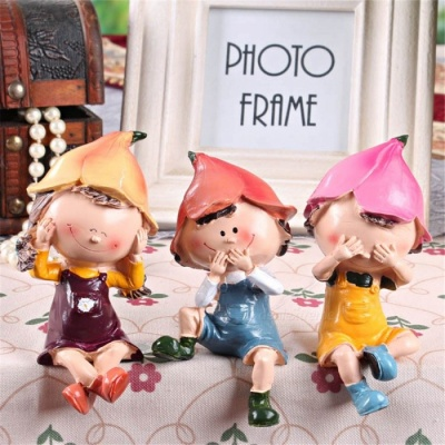 3Pcs Resin Creative Classic Cartoon Doll Shaped Desk Display Decor