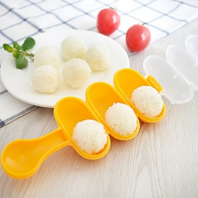 Eco-Friendly Seaweed Cutter Rice Ball Mold, DIY Ball Shape Sushi Maker Mould Tool with Spoon