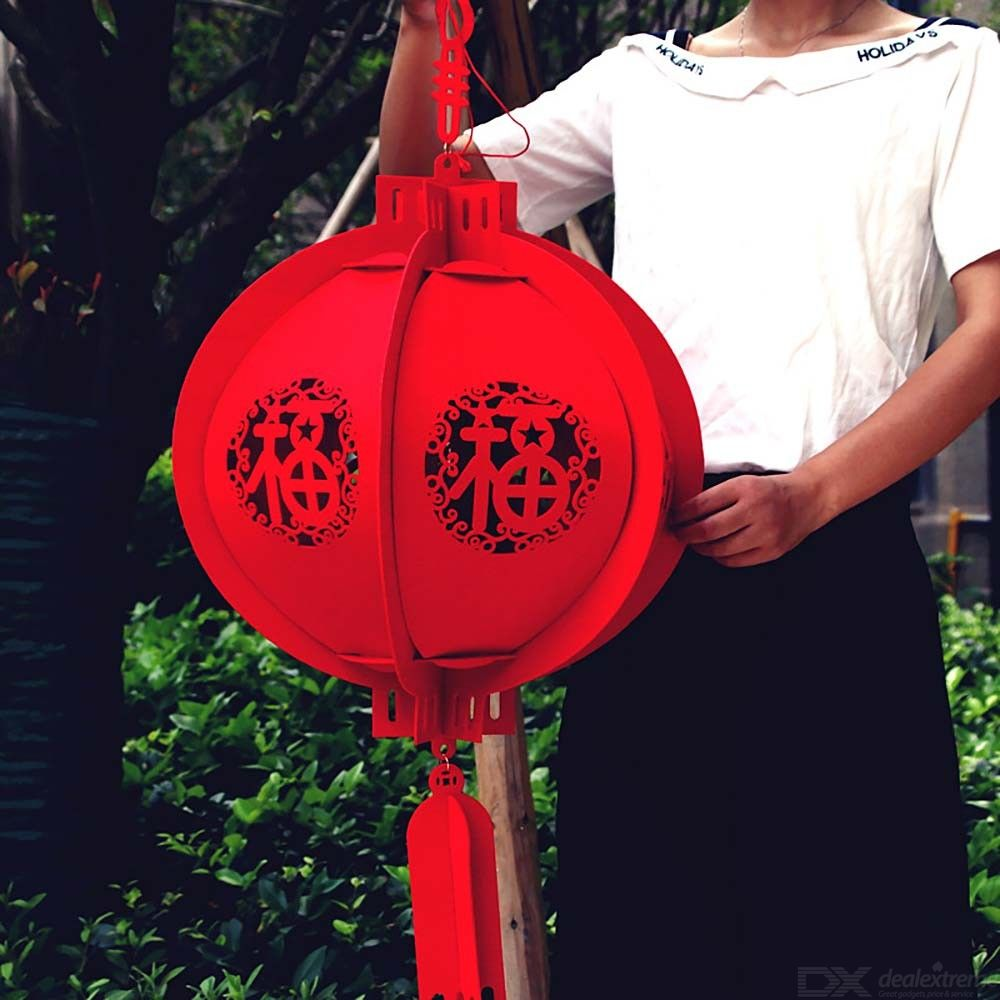 Chinese Lantern Premium Non-woven Decoration For Spring Festival