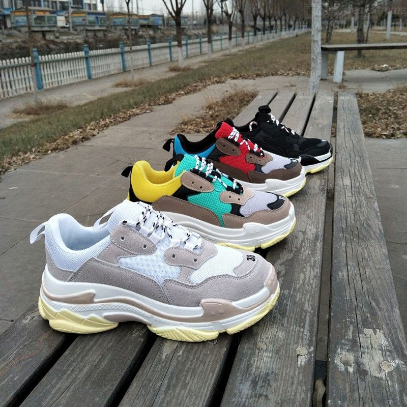 Comfortable Thick Sole Sneaker Casual Sports Shoes Harajuku Style Mesh Trainers For Couples