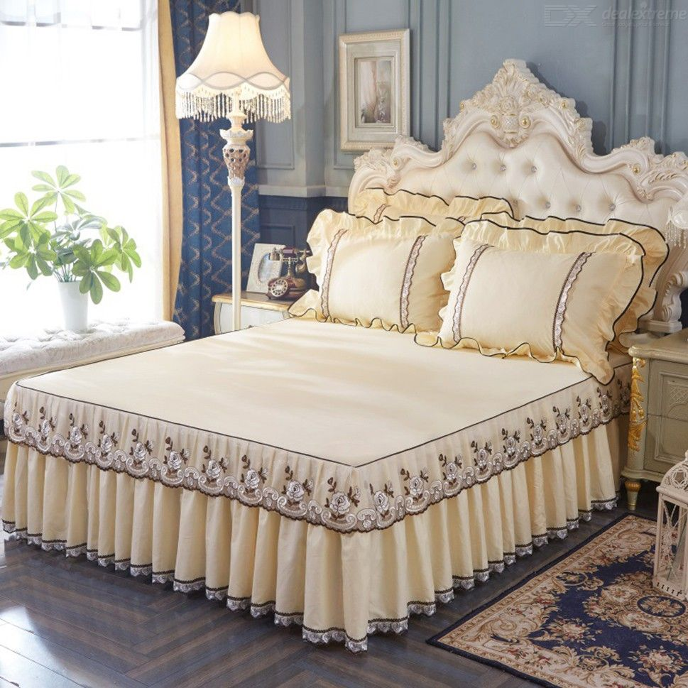Anti-skid Bed Cover Laced Bedspread Sheet For 71 X 87 Inch Bed