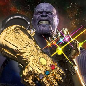 The Avengers 3 Thanos Infinity Gauntlet Decoration Keychain Infinity War Cosplay Pendant Accessories Gloves