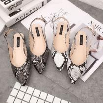 Womens-Flat-Sandals-Trendy-Pointed-Toe-Snake-Shoes-With-Ankle-Strap