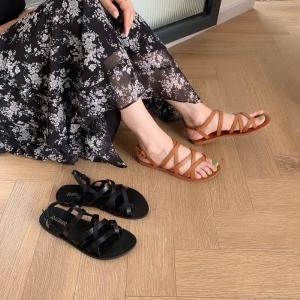 The New Outside Wear Flat Sandals In The Summer Of Toe Joker Comfortable Leisure Female Sandals