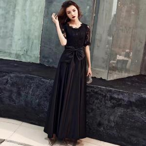 Woman Solid Lace Top Design Half Sleeve Waist Bowknot Swing Party Maxi Dress