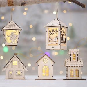 Christmas Hanging Lights Battery-powered LED String Lights Christmas Hanging Pendant Wooden Cabin Ornaments