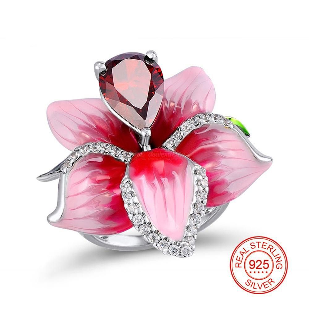 Female Geometric Ring With Beautiful Flower Pattern Exquisite Fashion Jewelry
