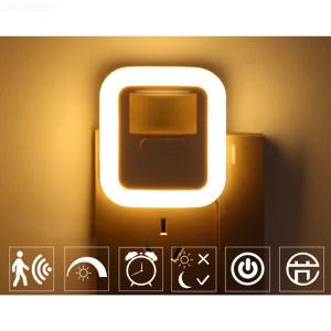Plug-in LED Motion Sensor Nightlight Warm White Night Lamp With 10 Brightness Levels 4 Timers