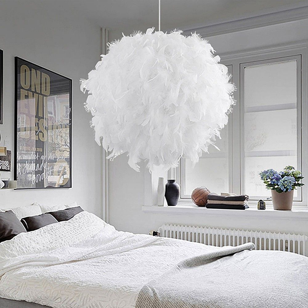 Dealextreme / Modern Pendant Ceiling Lamp Feather Ceiling Droplight Home Decoration Creative Chandelier Hanging Lamp E27/E26