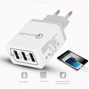 EU Plug USB Charger 3-Ports 20W Fast Charging USB 3.0 Wall Charger Adapter