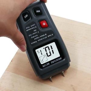 BSIDE EMT01 2 Pins Digital Wood Moisture Meter 0-99.9 Wood Humidity Tester Timber Damp Detector with Large LCD Display