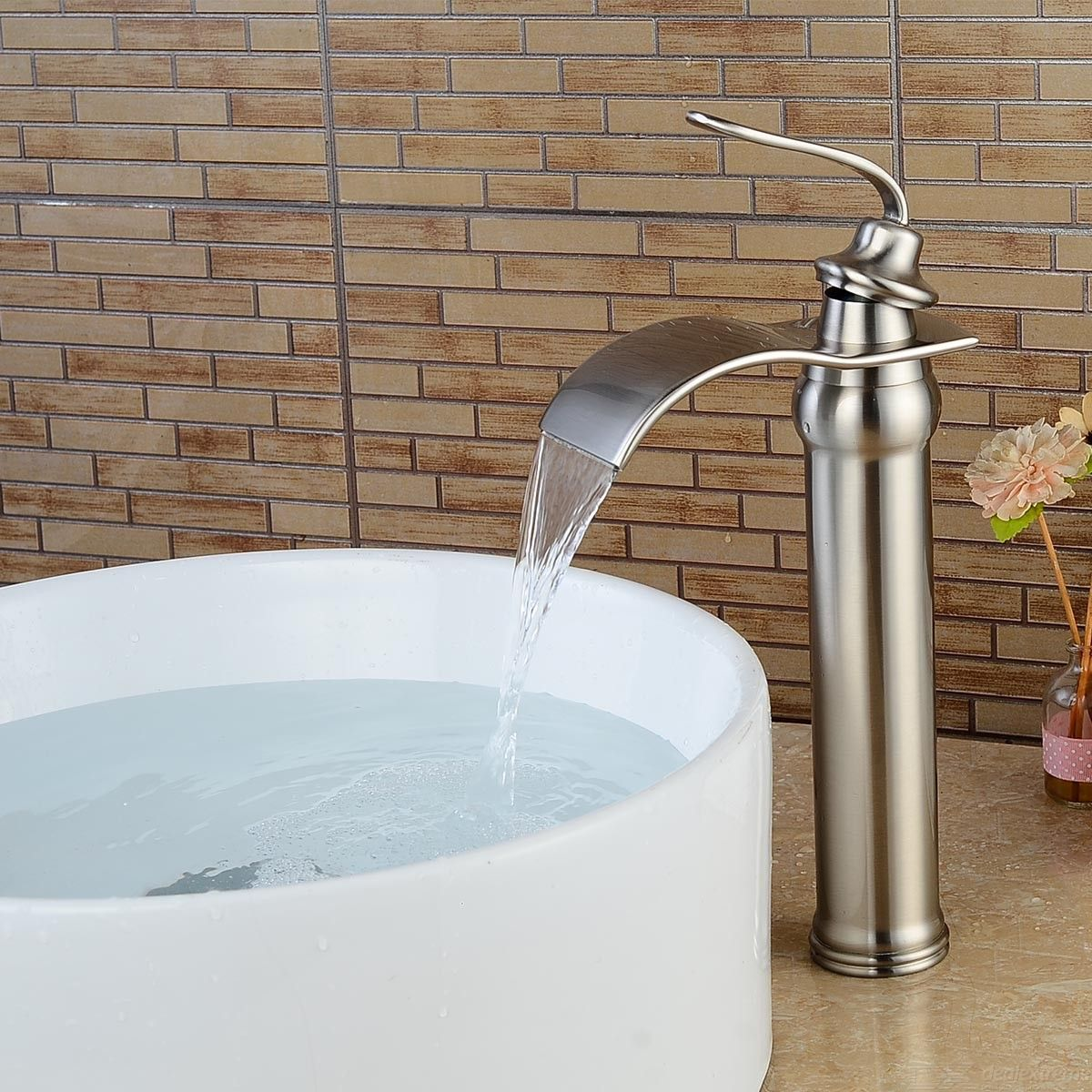 F-0790N1 Bathroom Sink Faucet - Waterfall Brushed Centerset Single Handle One Hole Bath Taps / Brass