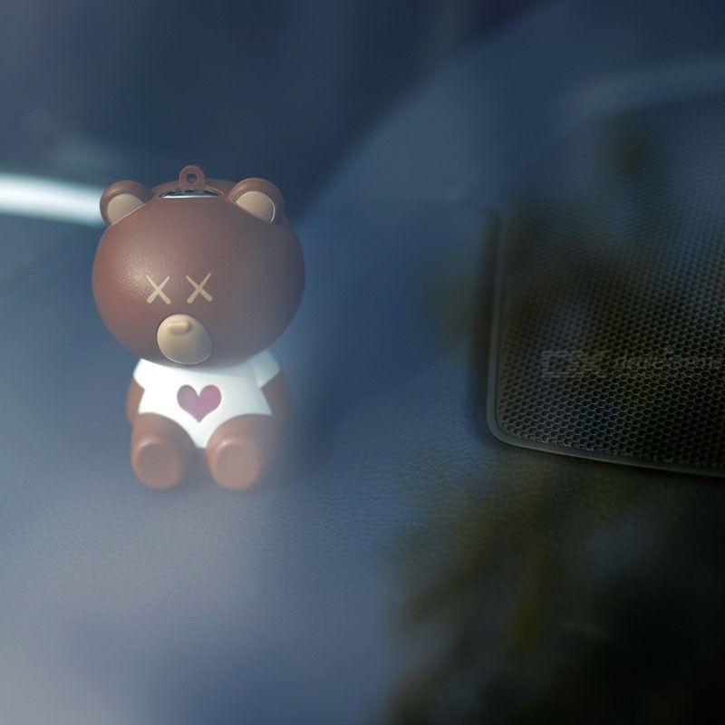 Maozhong Cute Bear Portable Air Purifier Necklace for PM2.5 Smoke Isolation Air Purification