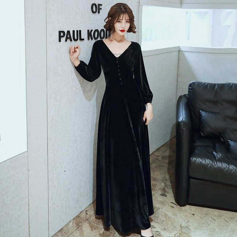 Qiu dong long sleeve toast take bride 2020 new wine red velvet v-neck wedding gowns female show thin long