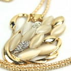Beautiful Swan Style Pendant Necklace - Golden
