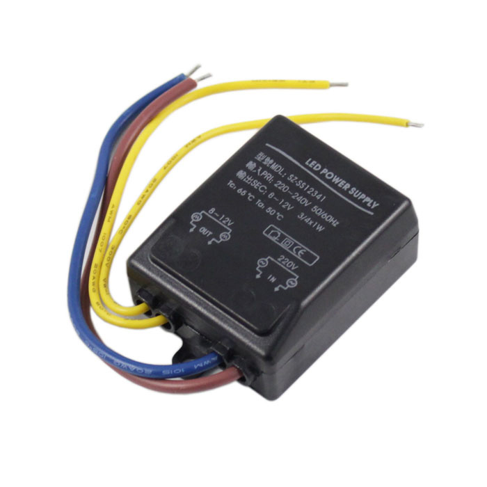 1-12W AC220~240V to 8~12V  Transformer LED Power Supply - BlackOther Accessories<br>ModelSZ-SS12341MaterialPlasticForm  ColorBlackQuantity1 DX.PCM.Model.AttributeModel.UnitPowerOthers,12WRate VoltageAC 220~240V / DC 8~12VWorking Current700 DX.PCM.Model.AttributeModel.UnitDimmableNoPacking List1 x Transformer<br>