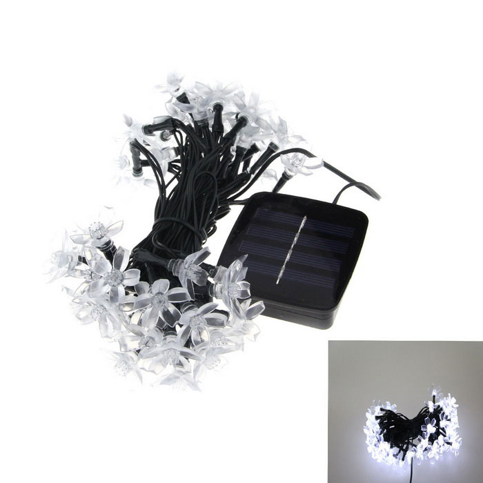 6W White 50-LED Solar Powered Light Control Garden Decorative LightLED String<br>Form  ColorWhiteColor BINWhiteMaterialPVCQuantity1 DX.PCM.Model.AttributeModel.UnitPower6WRated VoltageOthers,1.2 DX.PCM.Model.AttributeModel.UnitEmitter TypeLEDTotal Emitters50WavelengthN/AActual LumensN/A DX.PCM.Model.AttributeModel.UnitPower AdapterSolar PoweredCertificationCEPacking List1 x Lights1 x English user manual<br>