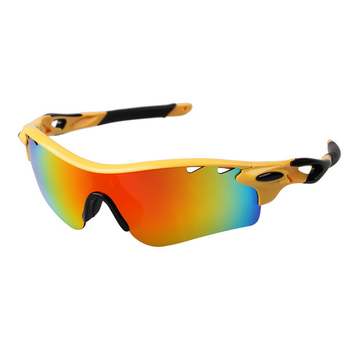 Outdoor Polarized Red REVO Lens Sunglasses Goggles - Black + YellowGoggles<br>Lens ColorRed REVOFrame ColorBlack + YellowModel9181Quantity1 DX.PCM.Model.AttributeModel.UnitShade Of ColorYellowGenderUnisexSuitable forAdultsLens MaterialPolaroid polarizedLens Width6.5 DX.PCM.Model.AttributeModel.UnitFrame MaterialTR90Frame Height4.4 DX.PCM.Model.AttributeModel.UnitOverall Width of Frame14.8 DX.PCM.Model.AttributeModel.UnitBridge Width1.7 DX.PCM.Model.AttributeModel.UnitPacking List1 x Goggles1 x Cloth1 x Pouch4 x Lenses<br>