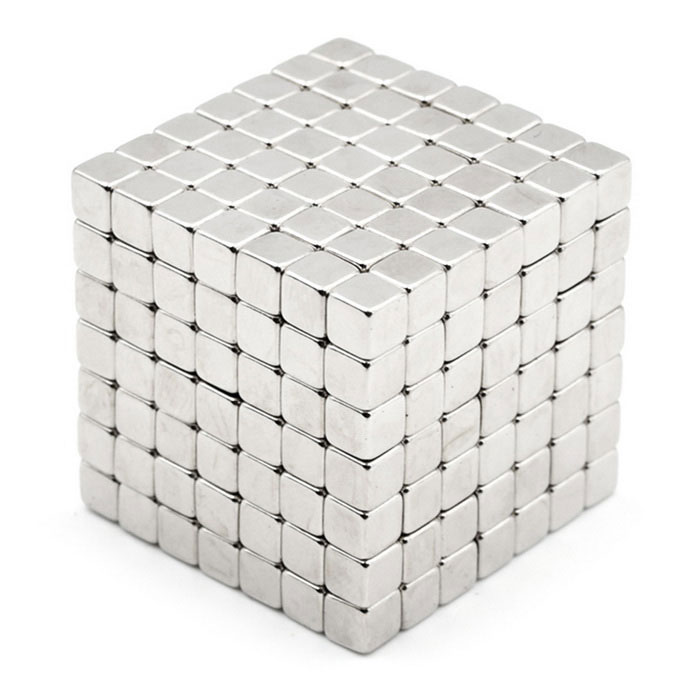 4mm Cube Magnet Puzzle Children Toy - Silver (343 PCS)Magnets Gadgets<br>Form  ColorSilverMaterialMagnetQuantity1 DX.PCM.Model.AttributeModel.UnitNumber343Suitable Age 5-7 years,8-11 years,12-15 years,Grown upsPacking List343 * Magnets<br>