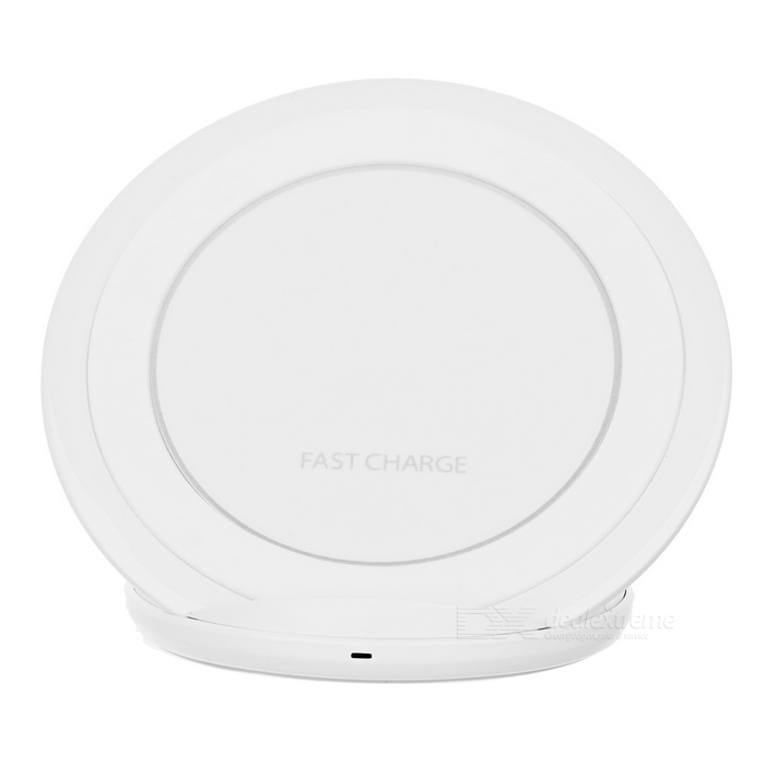 Qi Standard Wireless Charger Support Fast Charge - WhiteWireless Chargers<br>Form  ColorwhitePower AdapterUSB cableQuantity1 DX.PCM.Model.AttributeModel.UnitMaterialABSExecutive StandardQiShade Of ColorWhiteTypeOthers,Wireless chargerCompatible ModelsSamsung GALAXY S7 edge/S7/S6 DEGE/S6Input Voltage5 DX.PCM.Model.AttributeModel.UnitOutput Current1.67 DX.PCM.Model.AttributeModel.UnitPacking List1 * Wireless Charger1 * USB charging cable (103+/-2cm)<br>