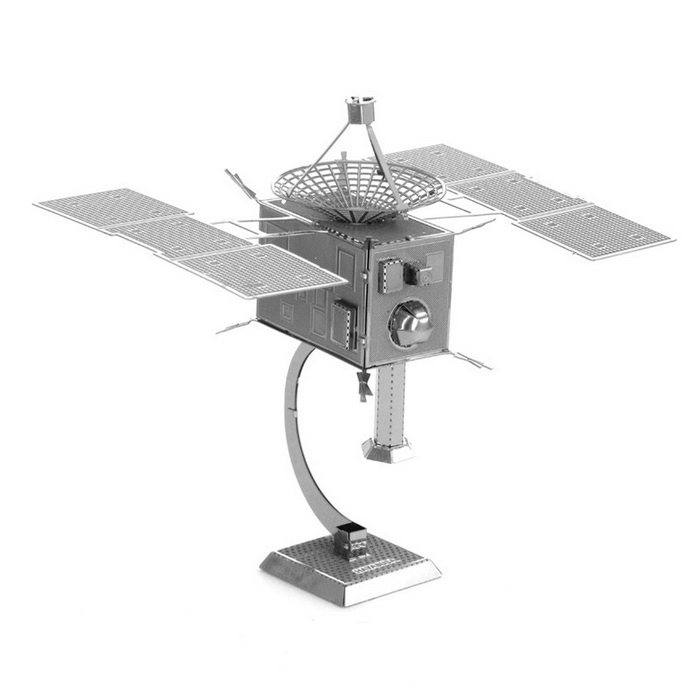DIY 3D Puzzle Model Educational Toys Assembled Satellite - SilverBlocks &amp; Jigsaw Toys<br>Form  ColorSilverMaterialStainless steelQuantity1 DX.PCM.Model.AttributeModel.UnitNumber1Size5*5*8cmSuitable Age 5-7 years,8-11 years,12-15 years,Grown upsPacking List1 * Model  board<br>