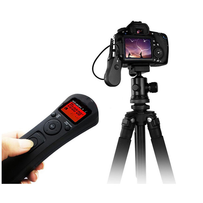 LCD Time Lapse Remote Control Timer Shutter Release for Sony A100 A200Camera Remotes<br>Form  Colorblack-7203Model7203MaterialABSQuantity1 DX.PCM.Model.AttributeModel.UnitCompatible BrandSONY/ MinoltaCompatible ModelsSony: A100, A200, A300, A350, A700, A900   Minolta: Dynax 7D/5D, Dynax 9/7/5/4/3, Dynax8075i /700Si / 600Si / 505siEffective Distance100 (in broad area) DX.PCM.Model.AttributeModel.UnitWired/WirelessWirelessCable Length80 DX.PCM.Model.AttributeModel.UnitReceiver1 DX.PCM.Model.AttributeModel.UnitSync Time0 DX.PCM.Model.AttributeModel.UnitWorking Voltage   2.4~3.2 DX.PCM.Model.AttributeModel.UnitBattery ModelAAABattery included or notYesRemote Controller Battery Number2Other FeaturesWireless carrier frequency: FSK 2.4 GHz <br>Antenna: Built-in PCB antenna <br>Transmission distance: 100m (in broad area) <br>The battery specification: AAA * 2 (2.4V to 3.2V 650mA CR2 3V) <br>Battery standby time: One year / 2000 Hours <br>The shutter interface: 2.5mm <br>Model size: 155 * 48.5 * 20mm / 61.5 * 38 * 20mm <br>Weight: 63.5g / 15.5g <br>Working temperature: 15°C~65°C <br>Storage temperature: -30°C~85°CPacking List1 * Timer Remote Transmitter (1.2 screen)1 * Shutter Connection Cable (80mm)1 * CR-2 battery2 * AAA batteries1 * Receiver1 * Manual in English<br>