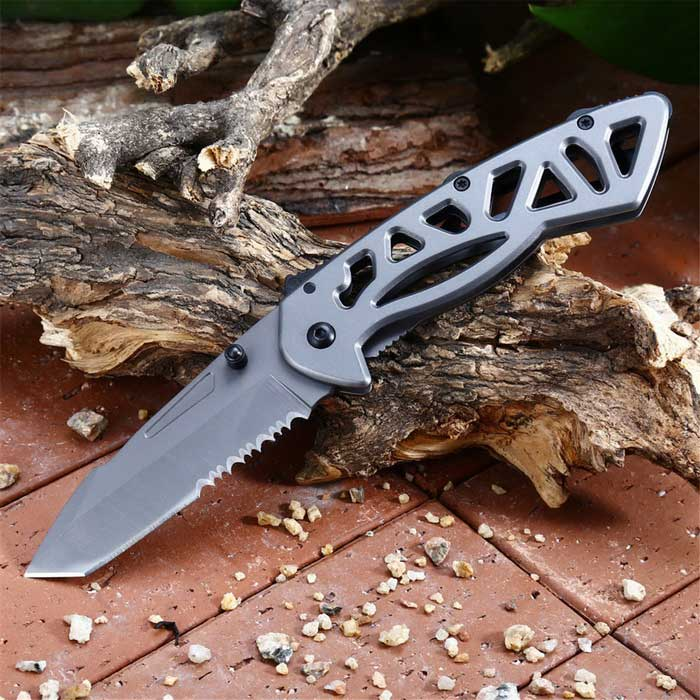 Outdoor Function Folding Knife With Teeth Folding Knife