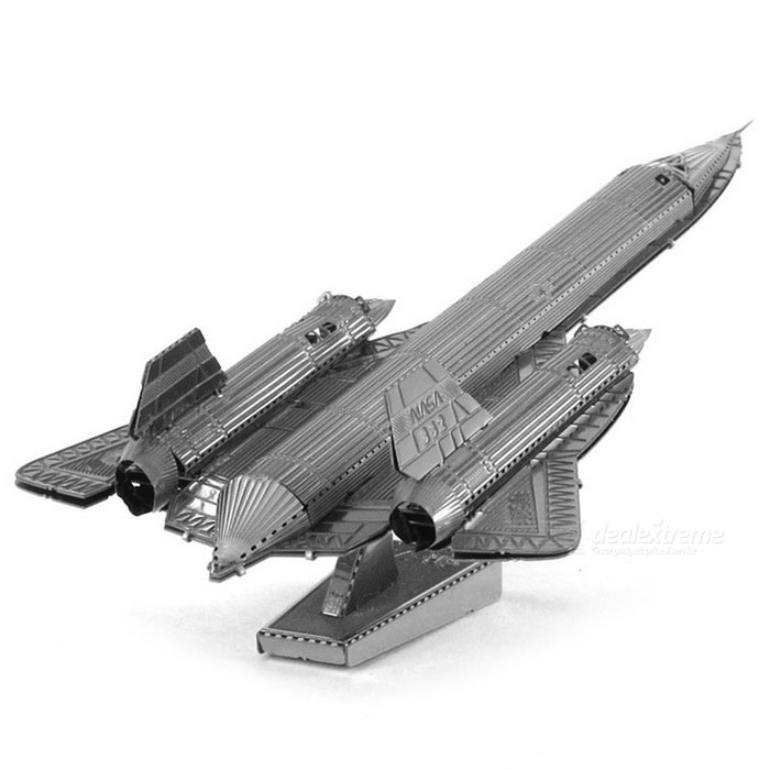 DIY Puzzle 3D Assemble Blackbird Reconnaissance Machine Model ToyBlocks &amp; Jigsaw Toys<br>Form  ColorSilverMaterialStainless steelQuantity1 DX.PCM.Model.AttributeModel.UnitNumber1Size10.1cm*5.2cm*3cmSuitable Age 5-7 years,8-11 years,12-15 years,Grown upsPacking List1 * Model<br>