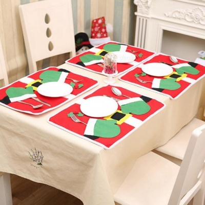 50 x 36cm Cute Two Gloves Pattern Double Layer Thickened Table Mat Pad Placemat for Christmas