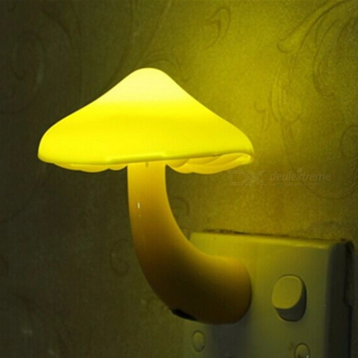 Mini Cute Mushroom LED Night Light, Light-controlled Sensor Wall Socket Lamp for Bedroom Home Decoration - EU Plug