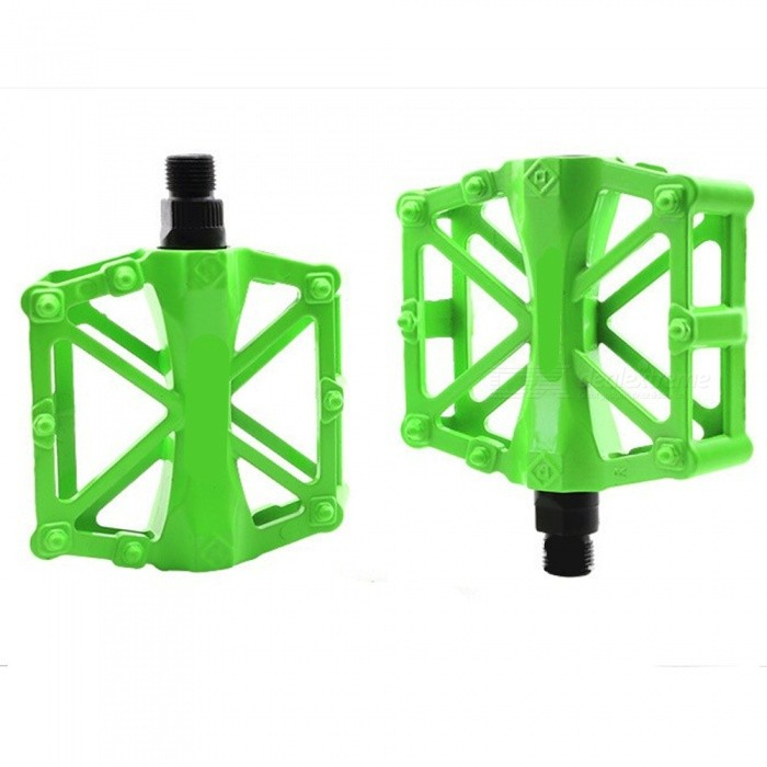 Buy Super Light Anti-skid Aluminium Alloy Mountain Bike Pedals - Green (1 Pair) with Litecoins with Free Shipping on Gipsybee.com