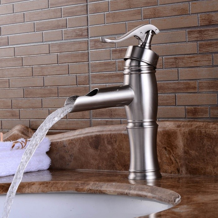 Contemporary-Brass-Deck-Mounted-Ceramic-Valve-One-Hole-Brushed-Bathroom-Sink-Faucet-w-Single-Handle