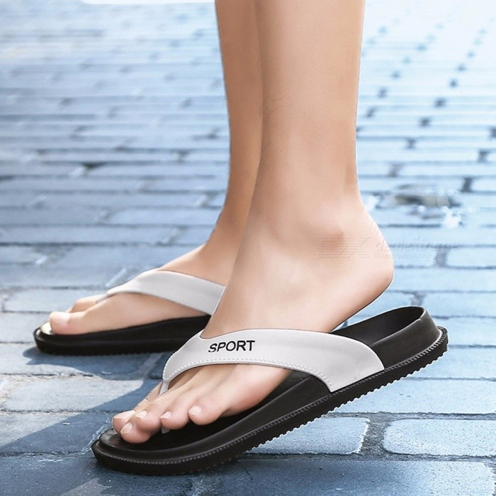 Summer-Men-Flip-Flops-Beach-Sandals-Non-slip-Breathable-Male-Slippers-Casual-Clip-Toe-Shoes